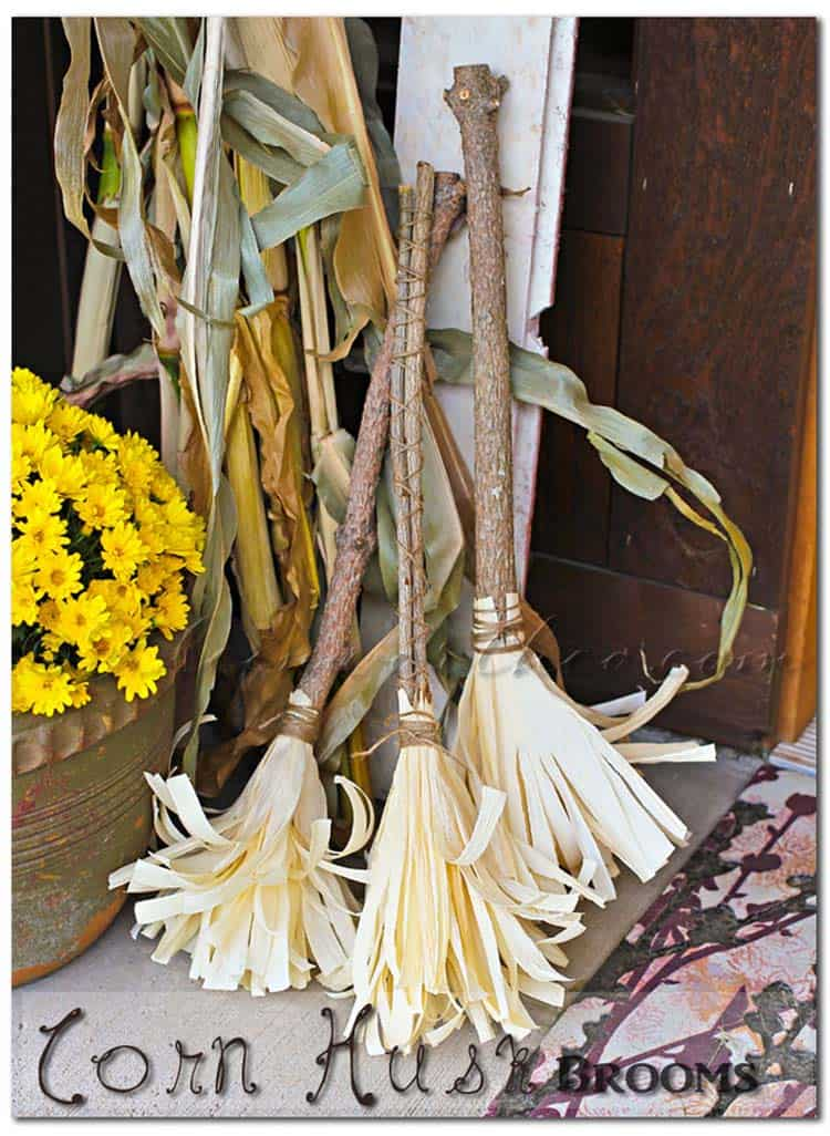 corn-husk-brooms