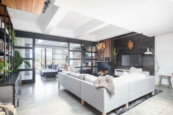 featured posts image for Swanky industrial style live/work artist penthouse in East Vancouver