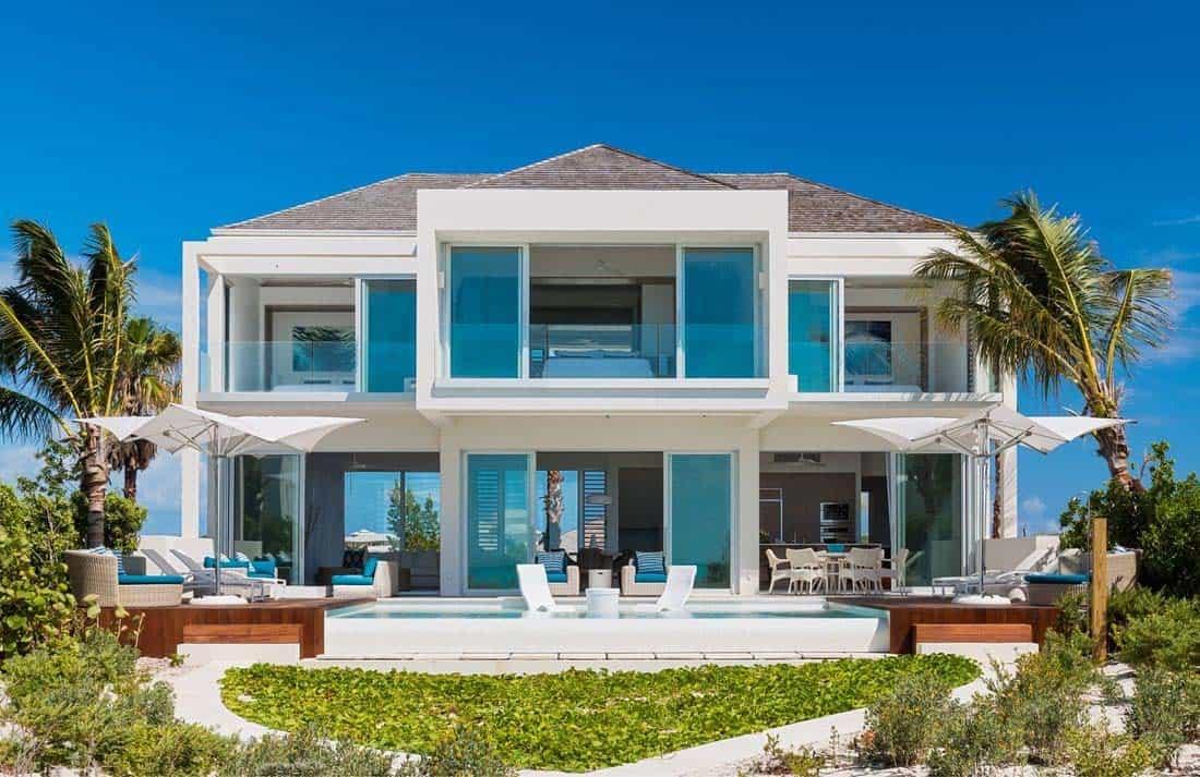 oceanfront-villa-exterior