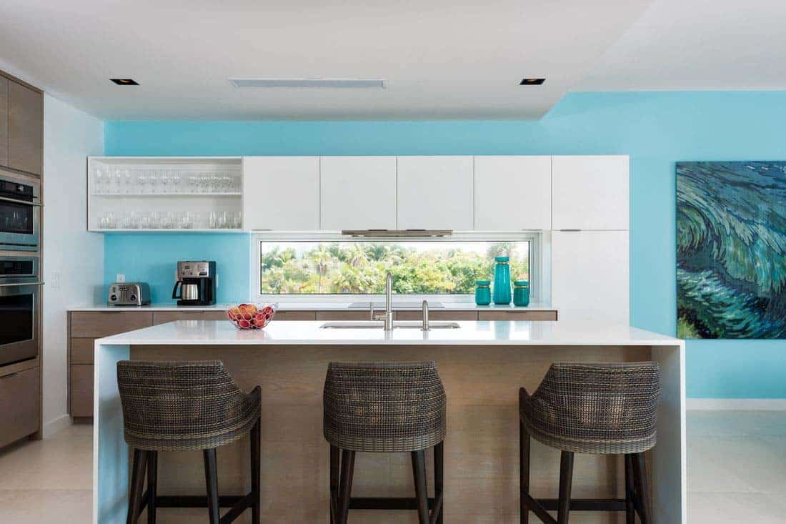 oceanfront-villa-kitchen
