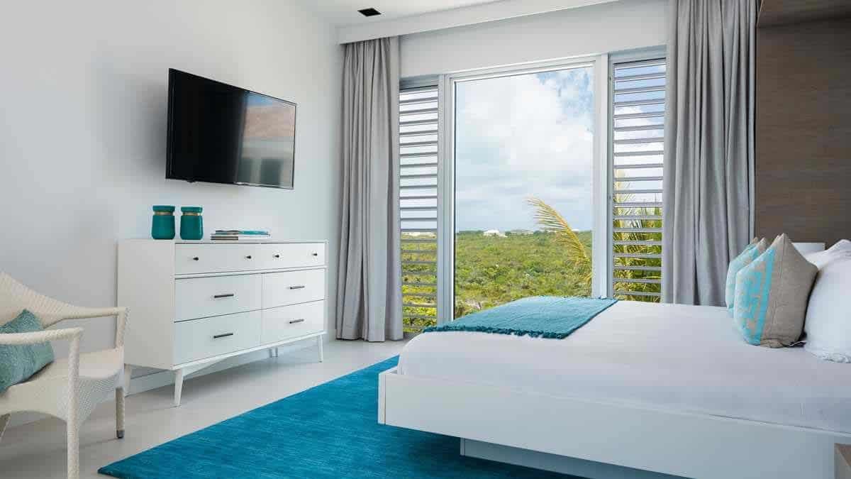 oceanfront-villa-bedroom