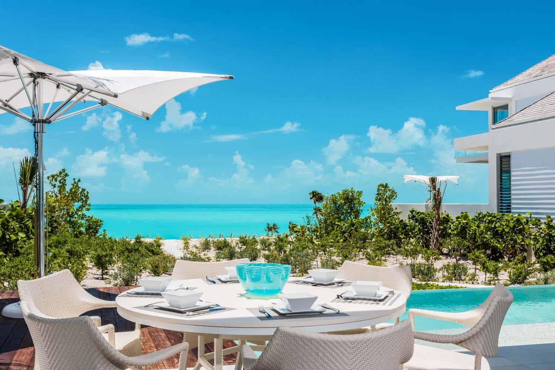 oceanfront-villa-pool-deck