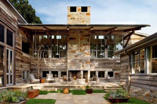 featured posts image for Hillside dwelling in Austin features modern barn-inspired elements