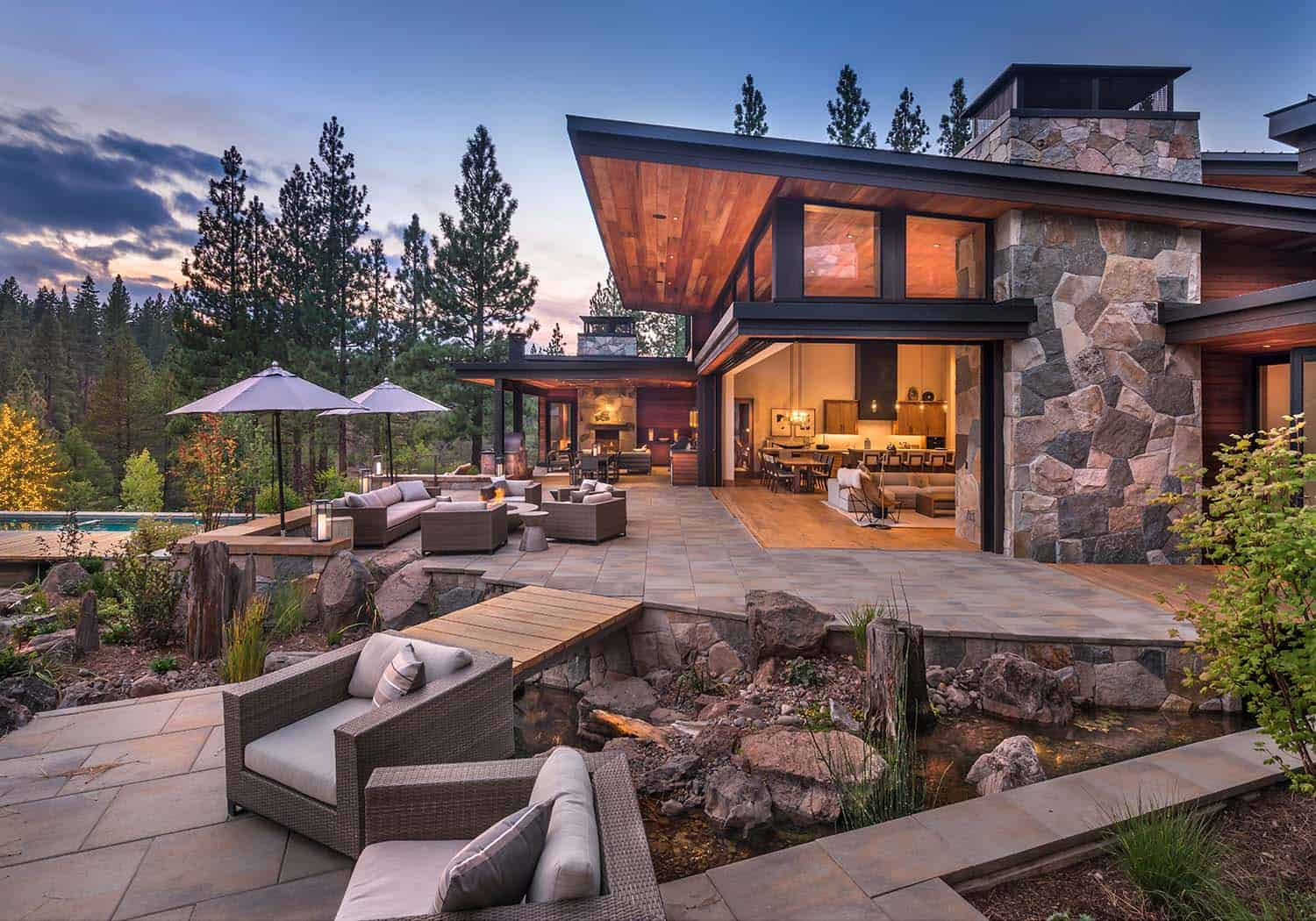 modern-mountain-home-deck