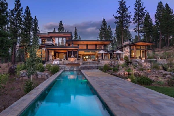 featured posts image for Modern home celebrates indoor-outdoor living in Sierra Nevada Mountains