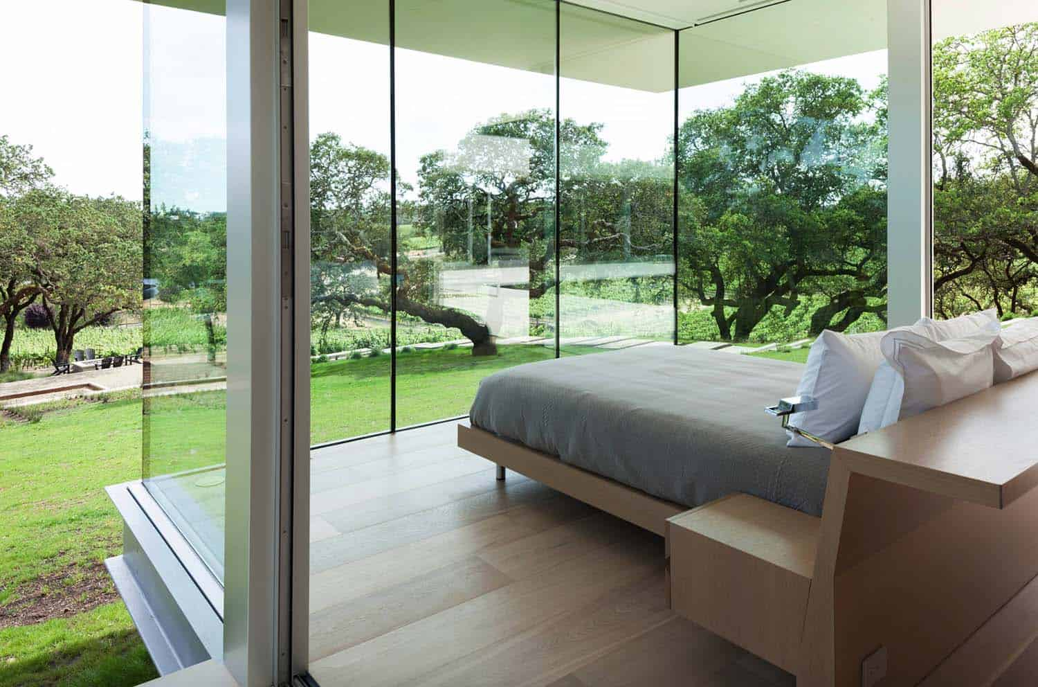 vineyards-residence-modern-bedroom