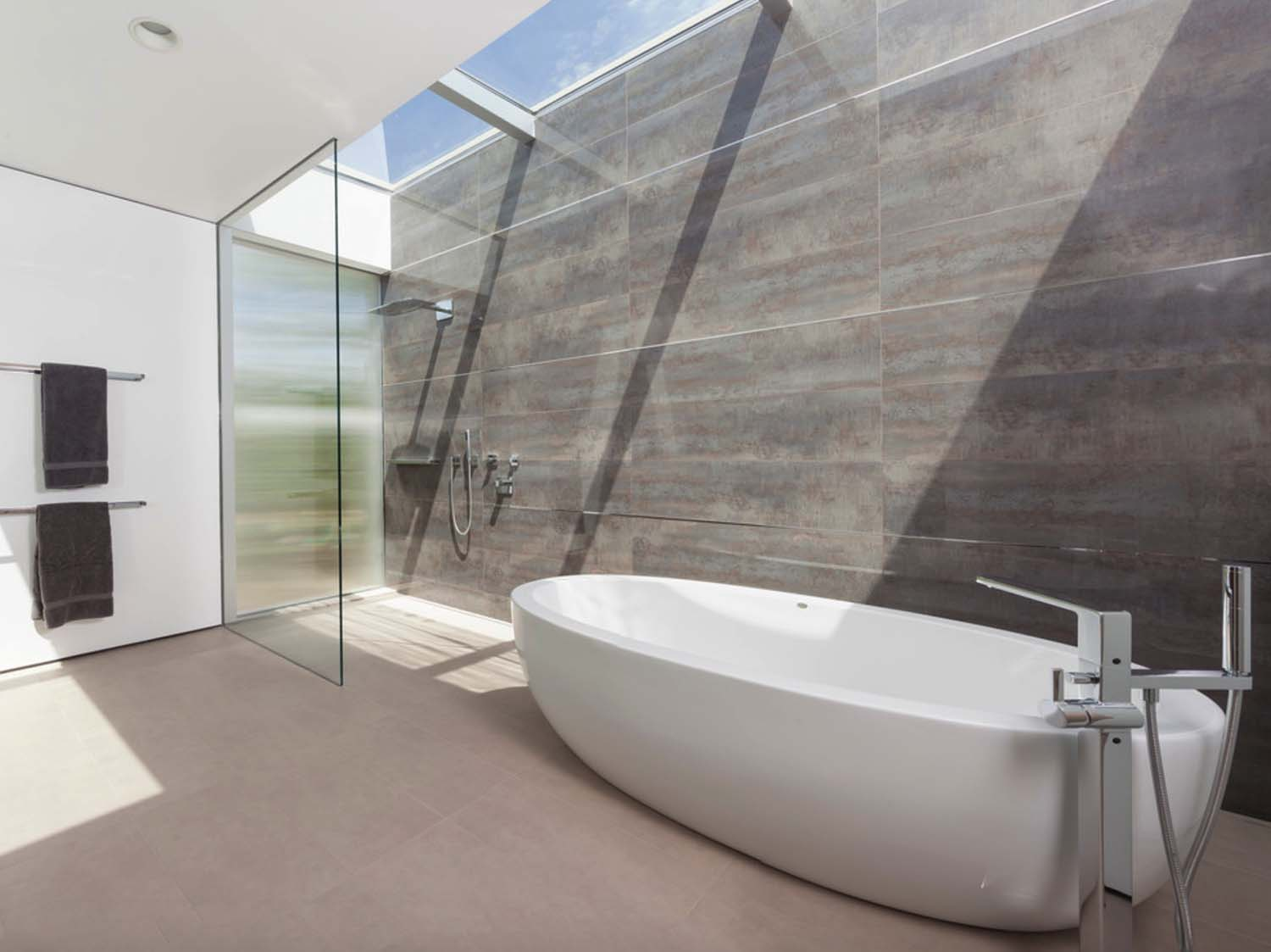 vineyards-residence-modern-bathroom