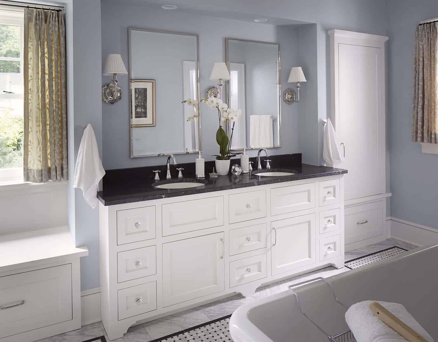 nautical-style-bathroom