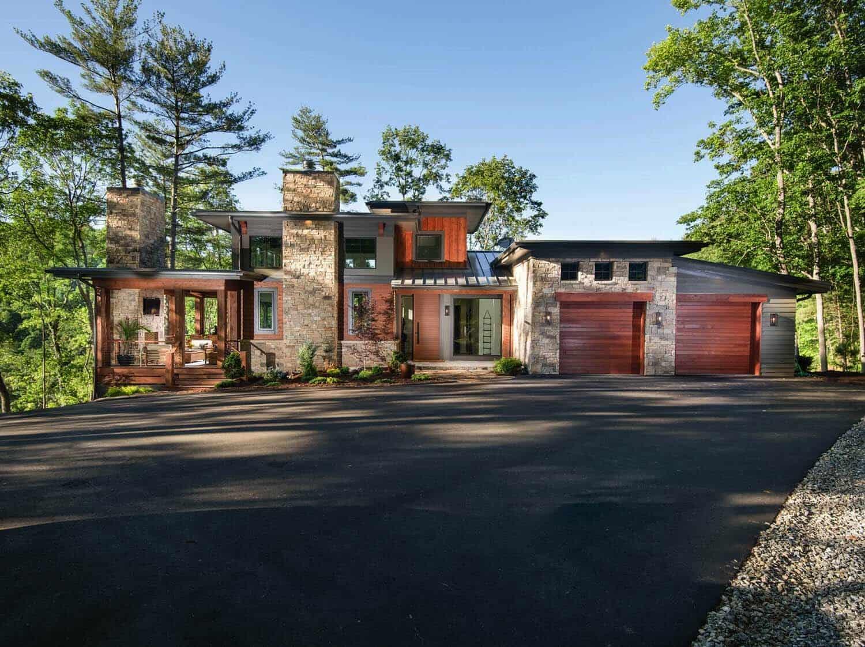 mountain-home-rustic-exterior
