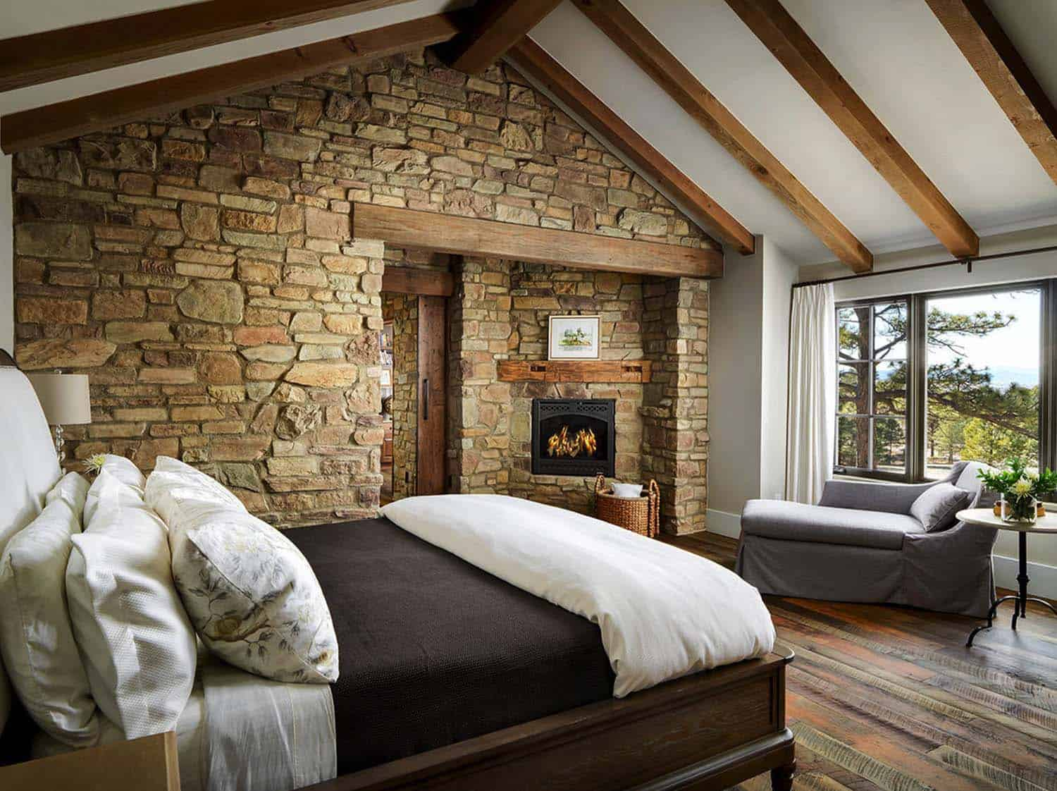 rustic-home-bedroom