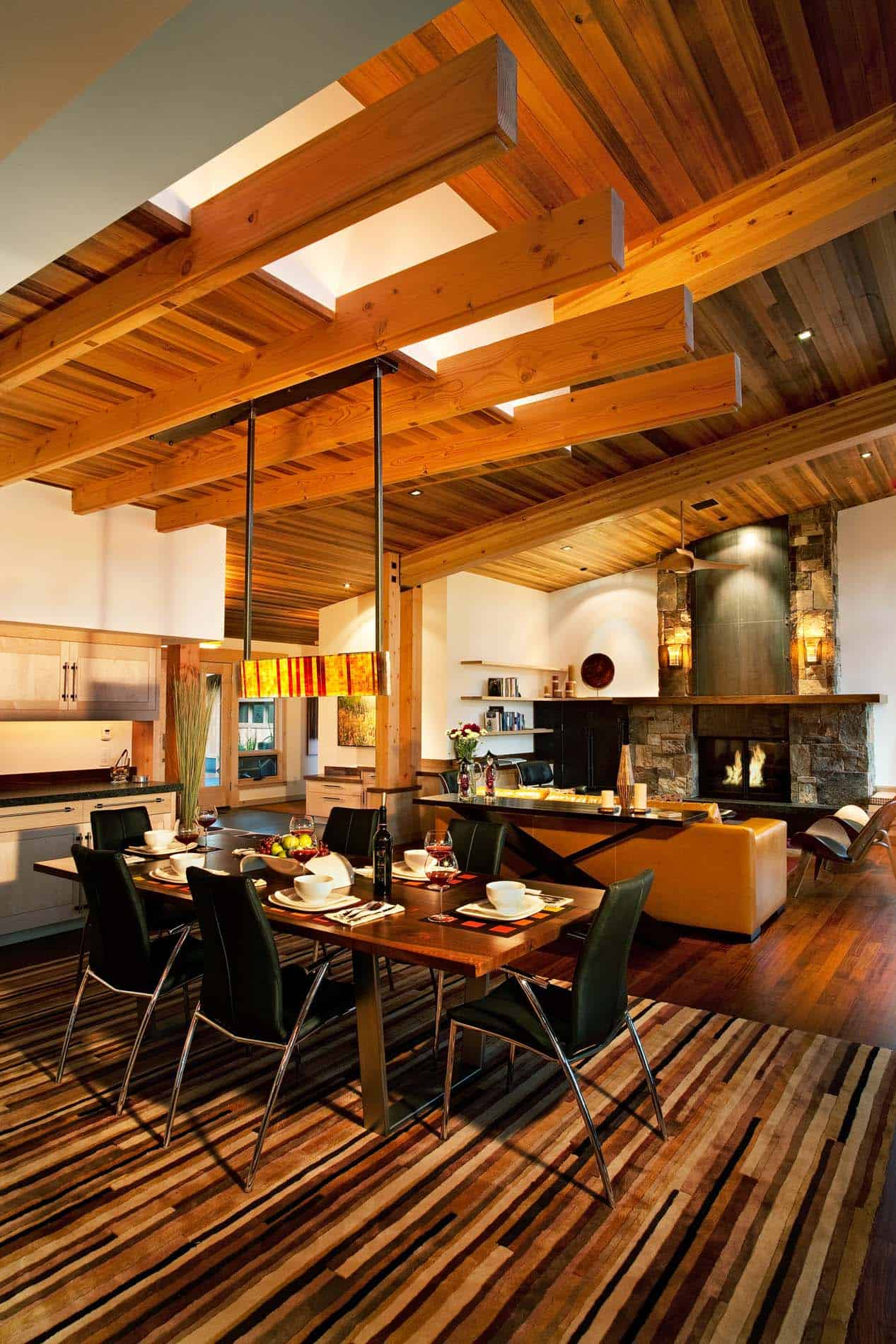 rustic-home-dining-room