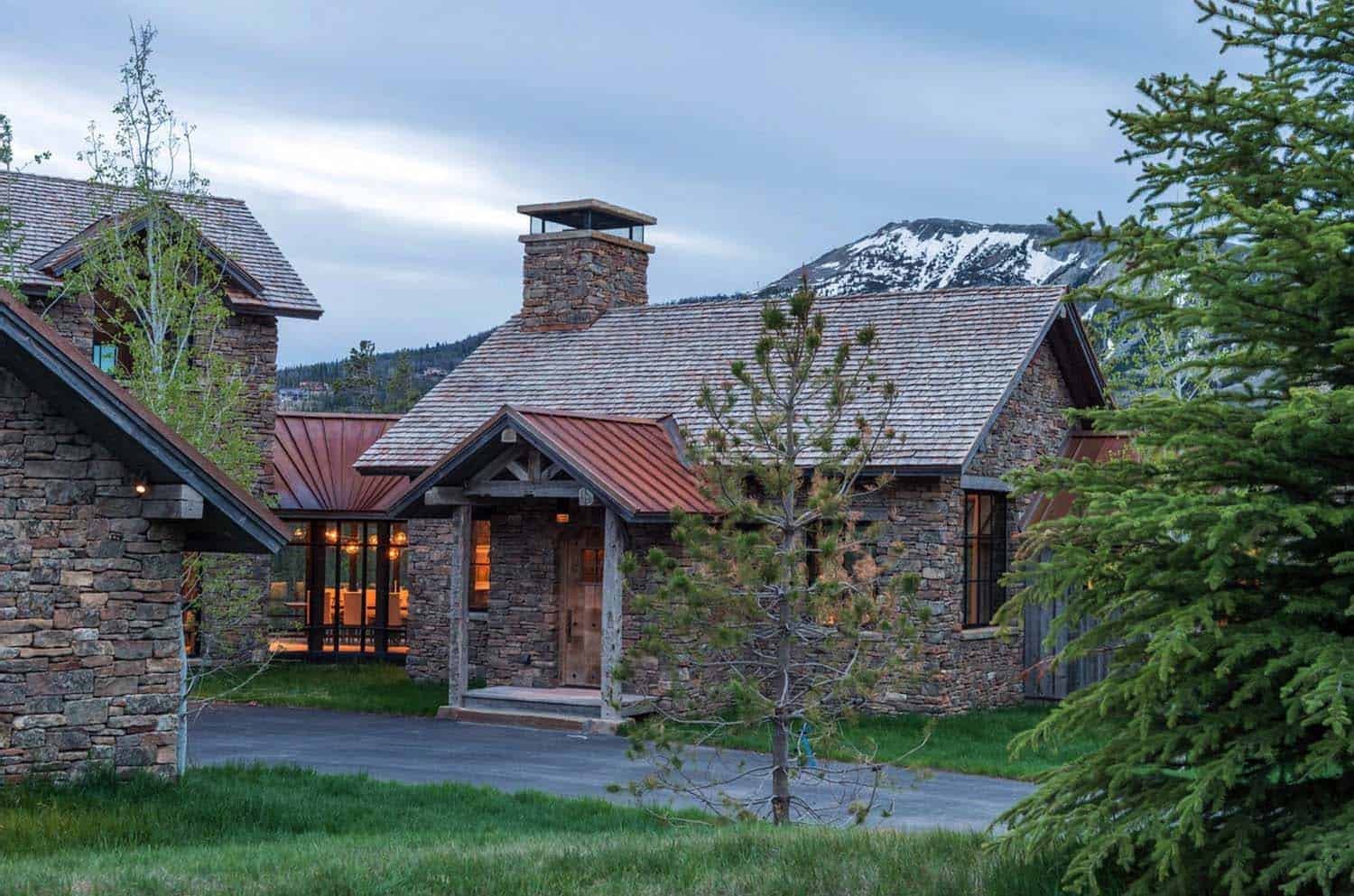 Stone and timber mountain dream house showcases big sky views for Stone and timber homes
