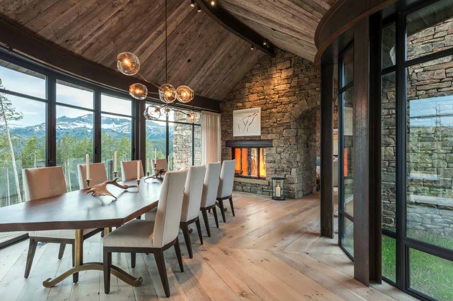 house-rustic-dining-room