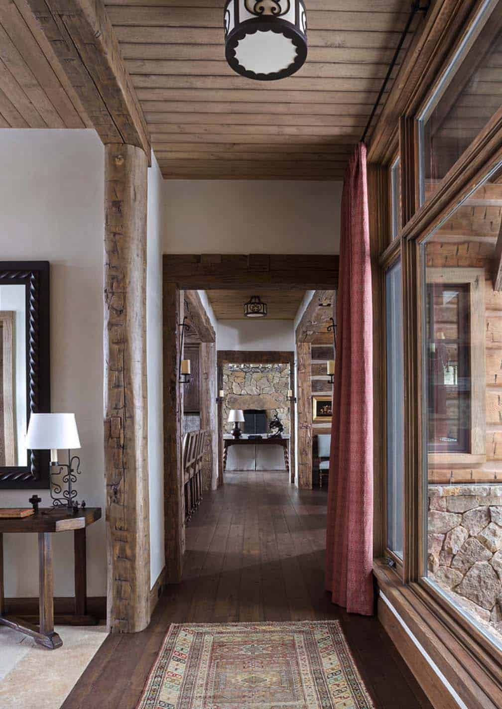 rustic-ranch-home-hall