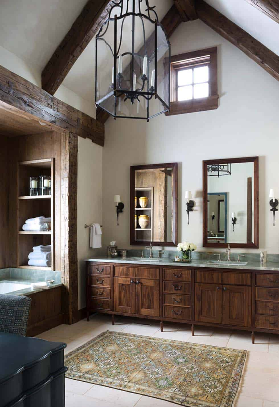 rustic-ranch-home-bathroom