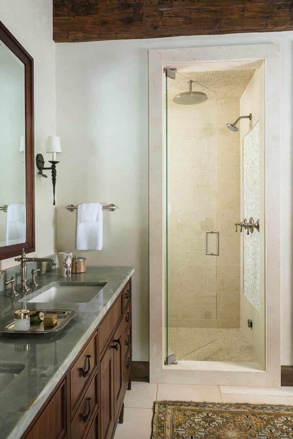 rustic-ranch-home-bathroom