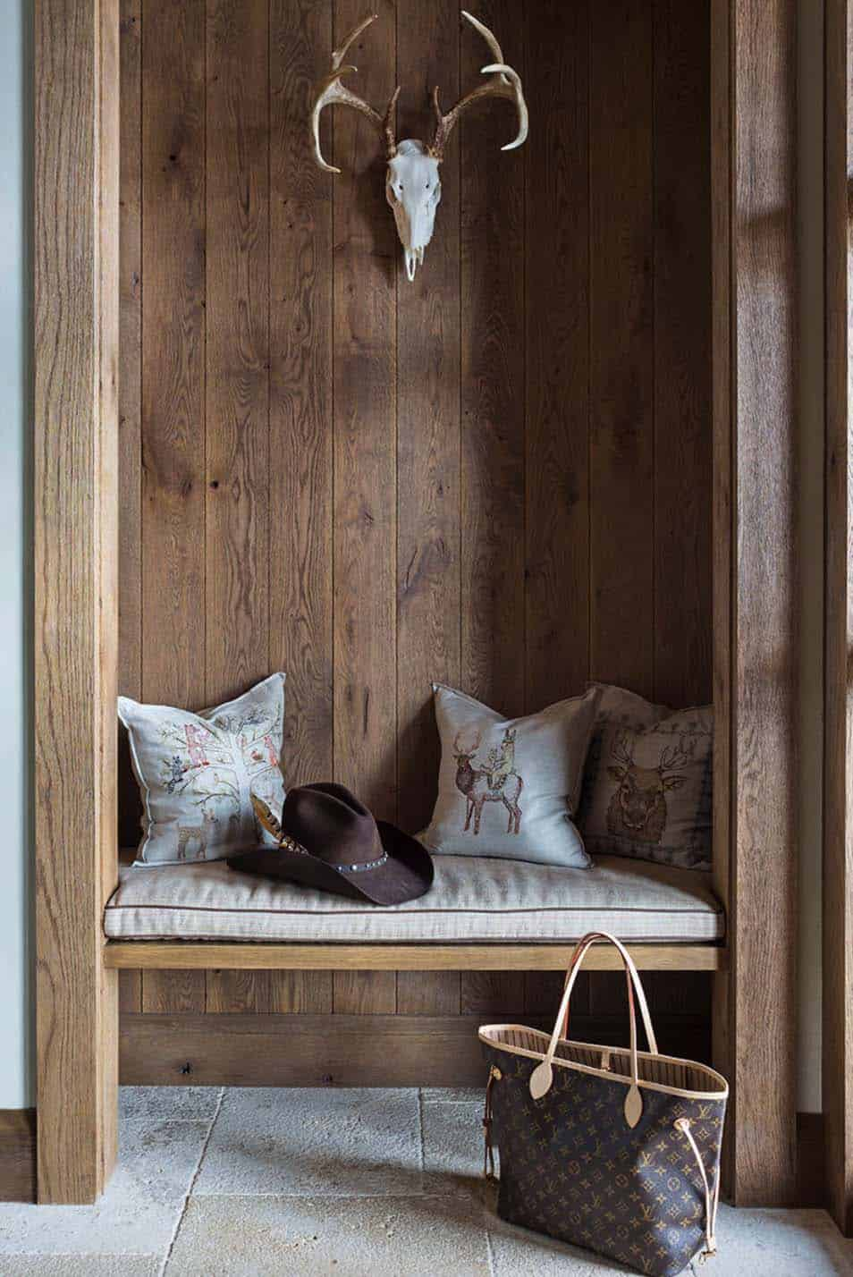 rustic-ranch-home-entry