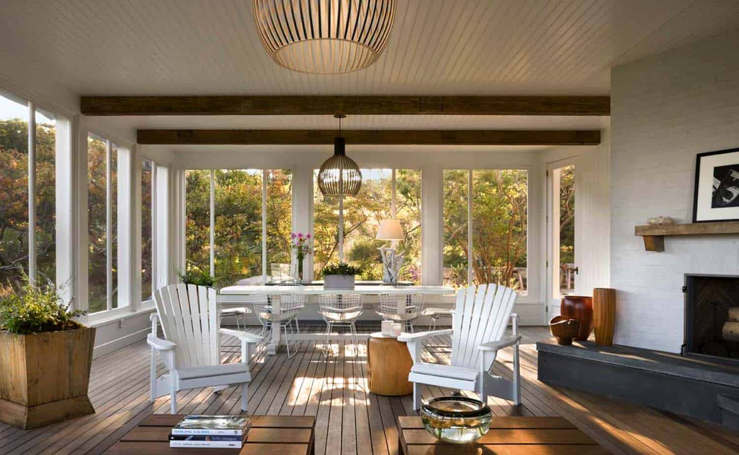 beach-style-screened-porch