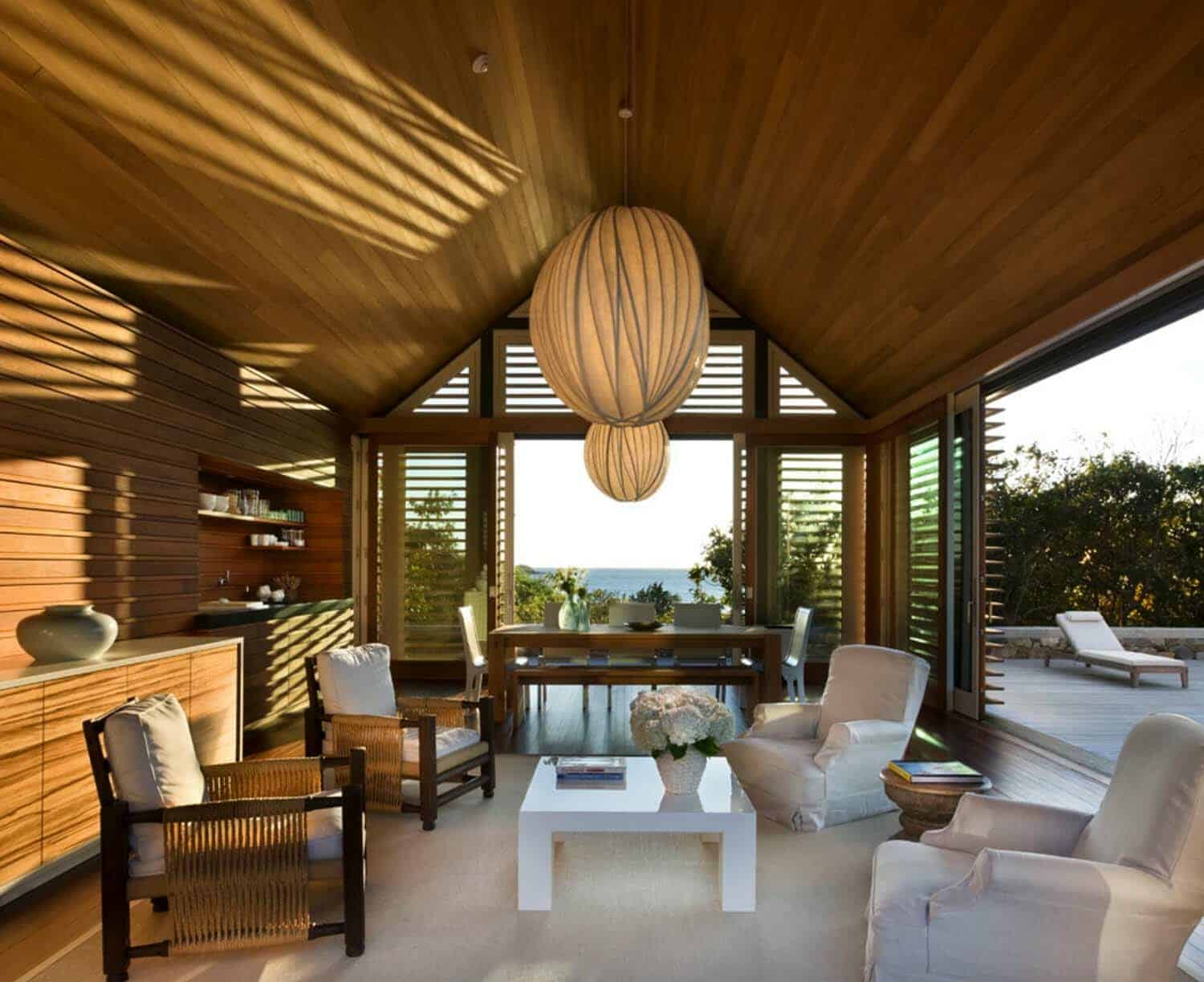 beach-style-poolhouse-interior