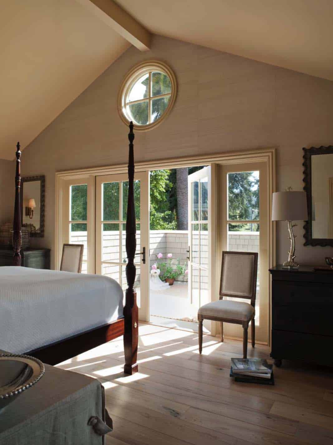 classic-cottage-traditional-bedroom