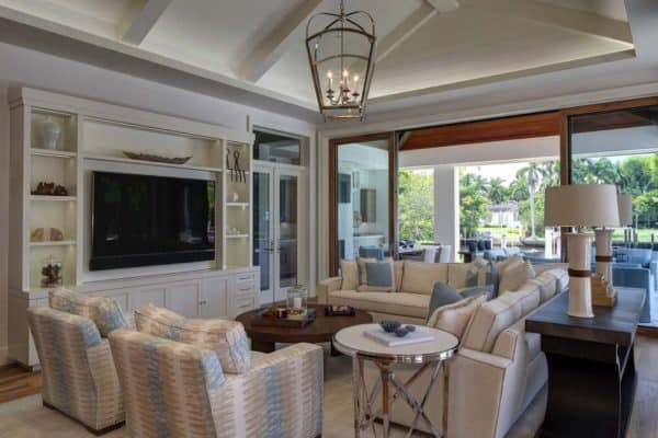 featured posts image for Inviting seaside home with a modern twist in Little Harbour, Florida
