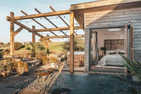 featured posts image for Charming beach hut retreat off the coast of Holywell Bay, United Kingdom
