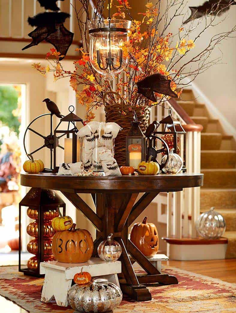 25 Ideas To Style Your Console Table With Spooky Halloween