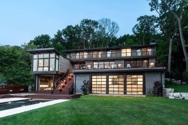 featured posts image for Fascinating contemporary home overlooking Wisconsin's Lake Geneva