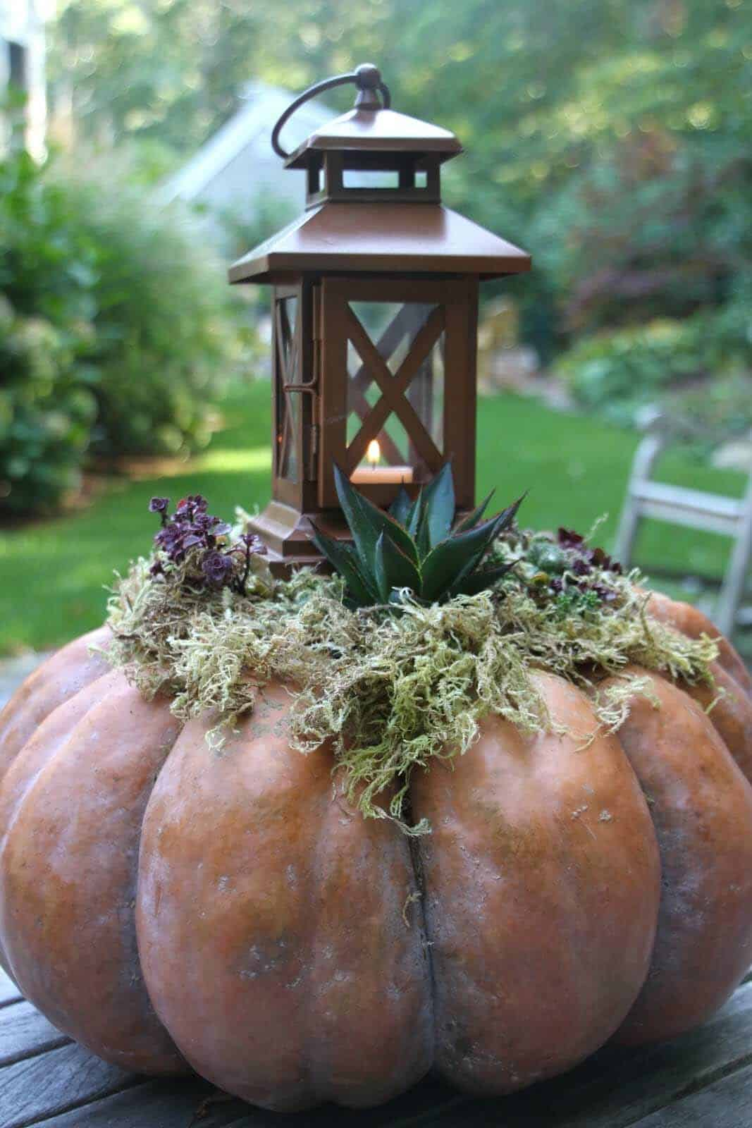 fall-lantern-decorating