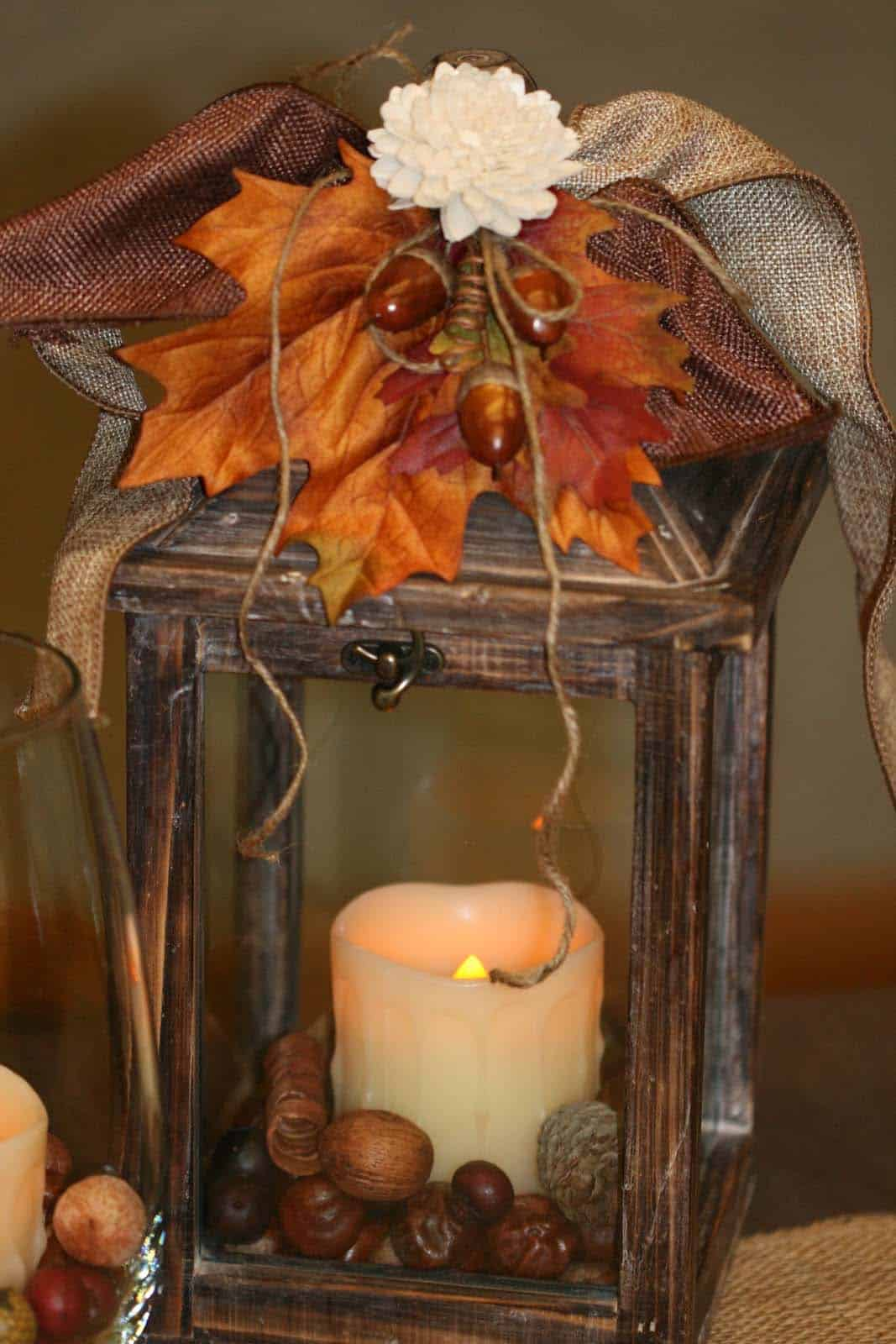 25 Most Beautiful Ways To Decorate For Fall With Lanterns