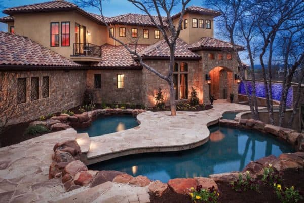 featured posts image for Mediterranean style home with modern-Italian styling on Lake Travis