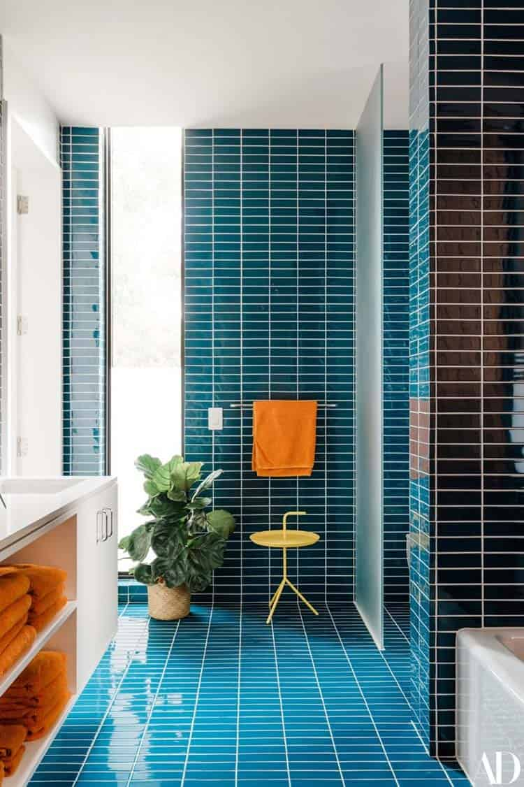 midcentury-kids-bathroom