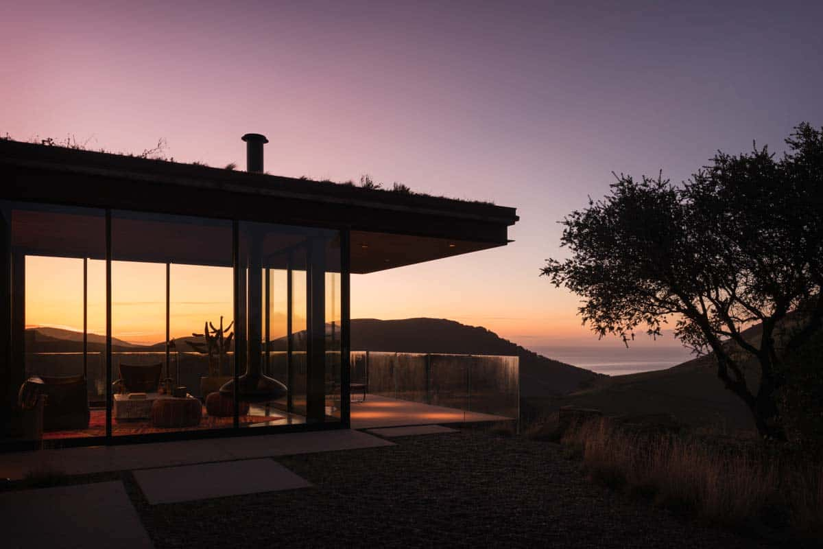 Off-the-grid guest house beckons on the Santa Barbara coast