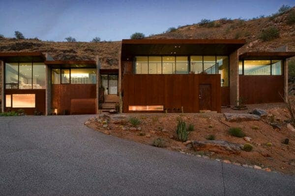featured posts image for Modern concrete and glass home emerges in the Arizona desert