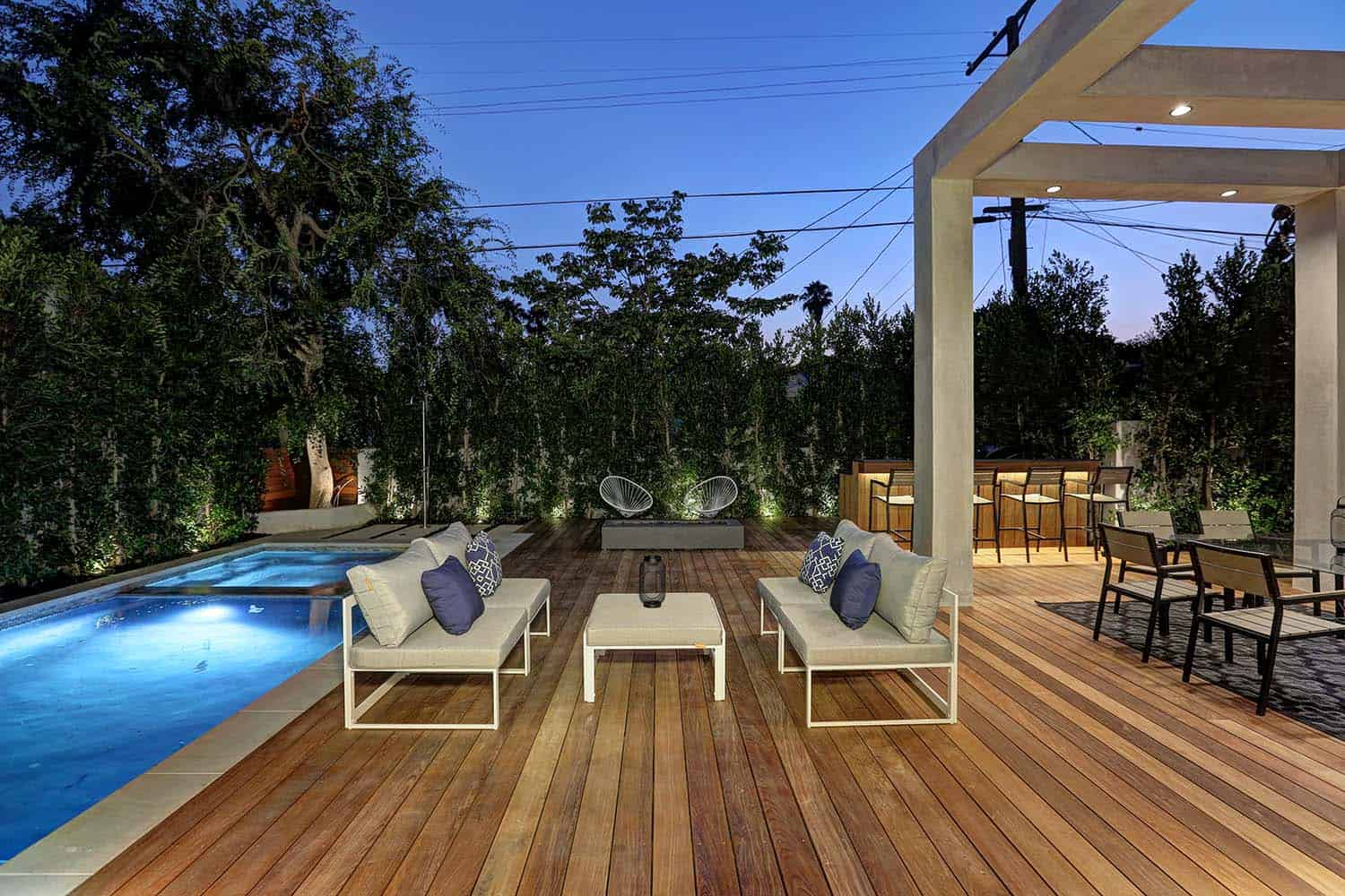 modern-outdoor-deck