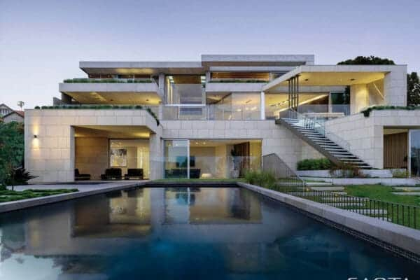 featured posts image for Concrete home with fantastic design features overlooks the Sydney harbor