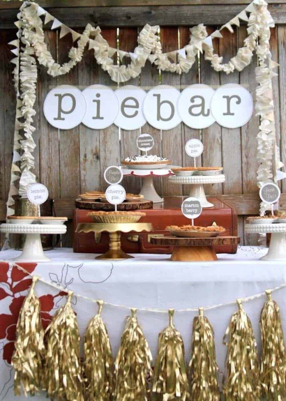 outdoor-pie-bar
