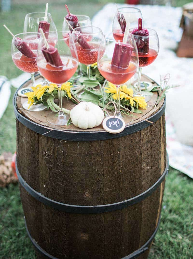 champagne-pomegranate-cocktails
