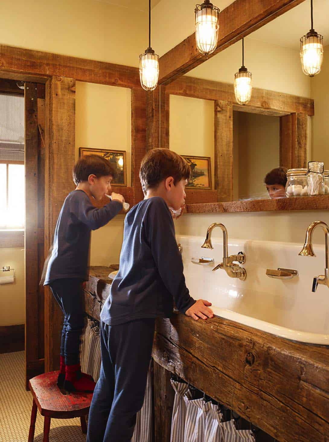 rustic-kids-bathroom