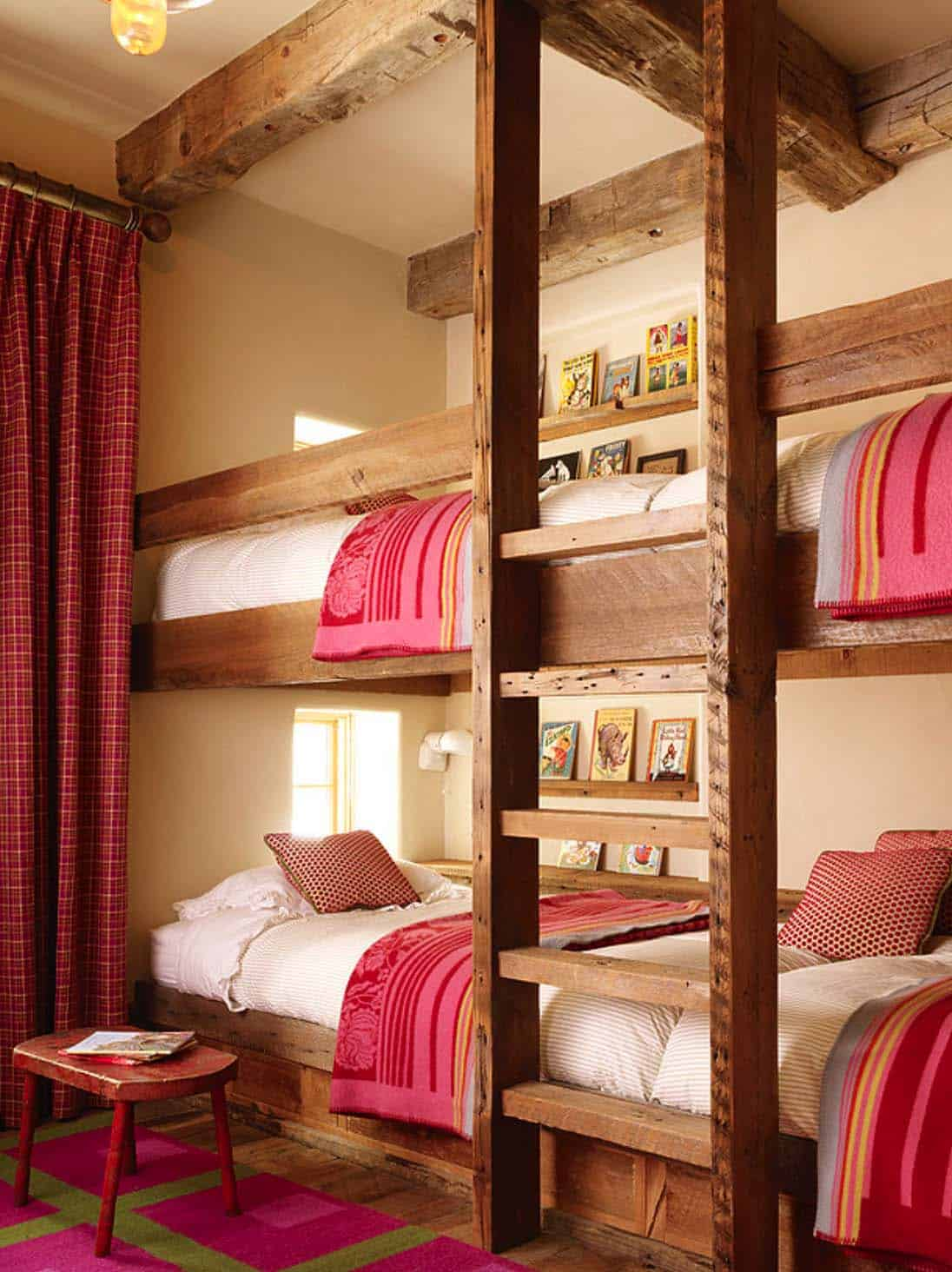 rustic-kids-bunk-bedroom