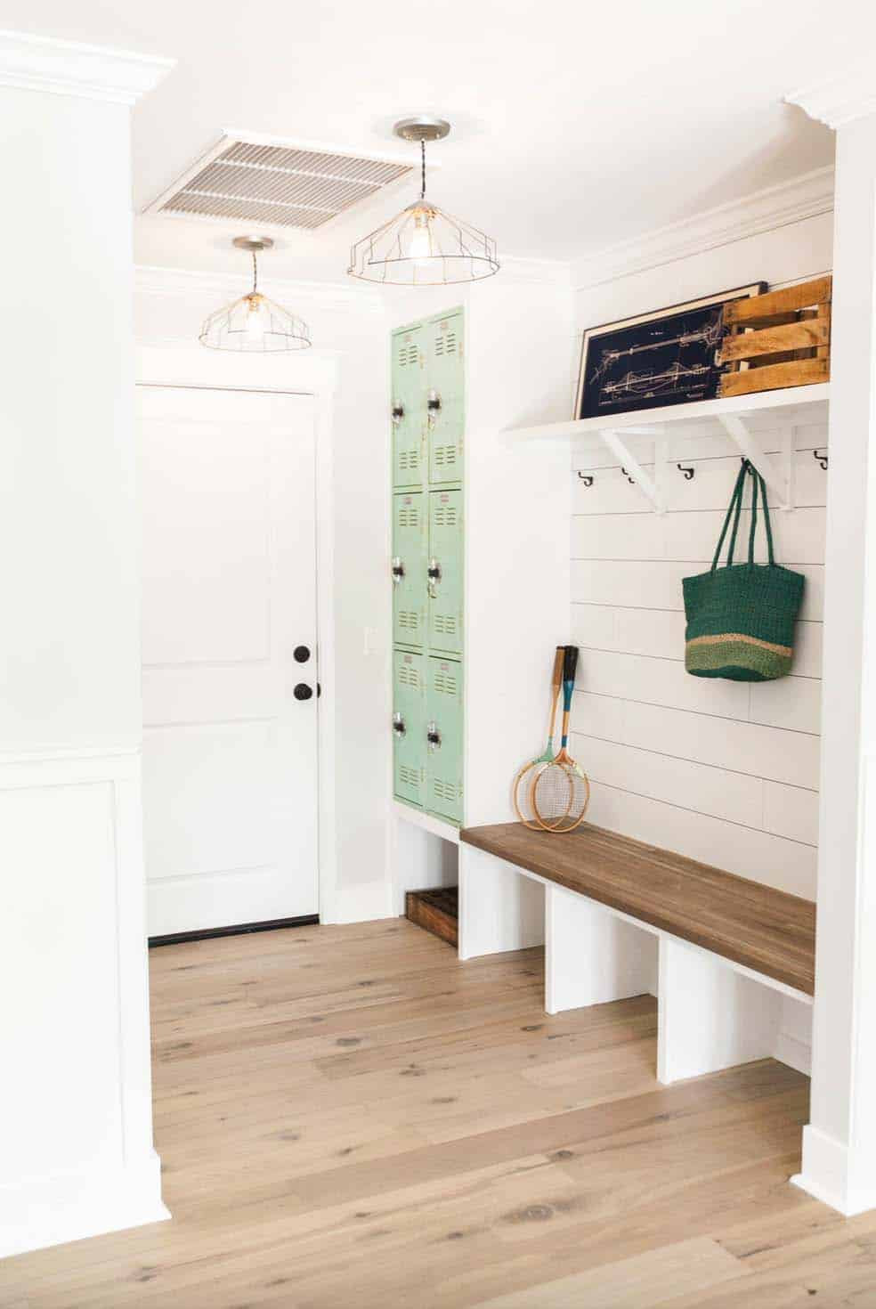 traditional-mudroom