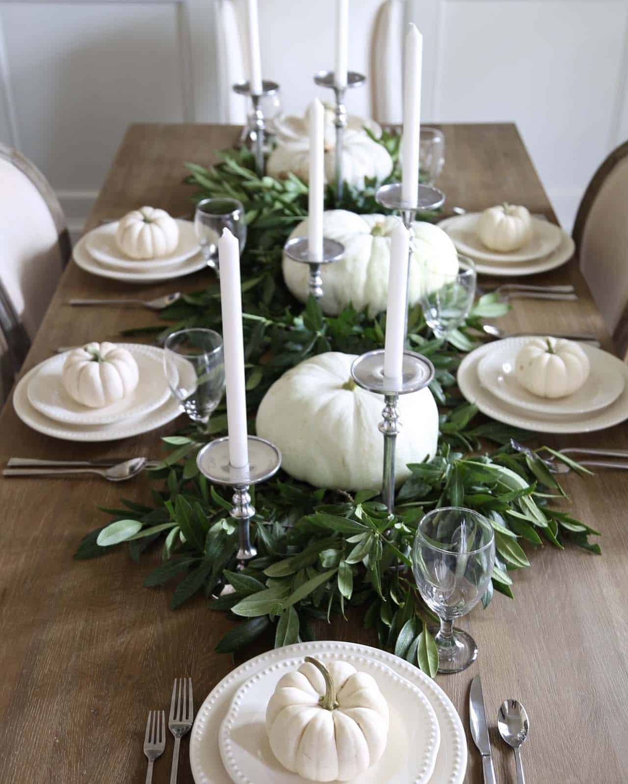 Table Decorations Ideas: 25+ Warm And Welcoming Fall Table Decorating Ideas