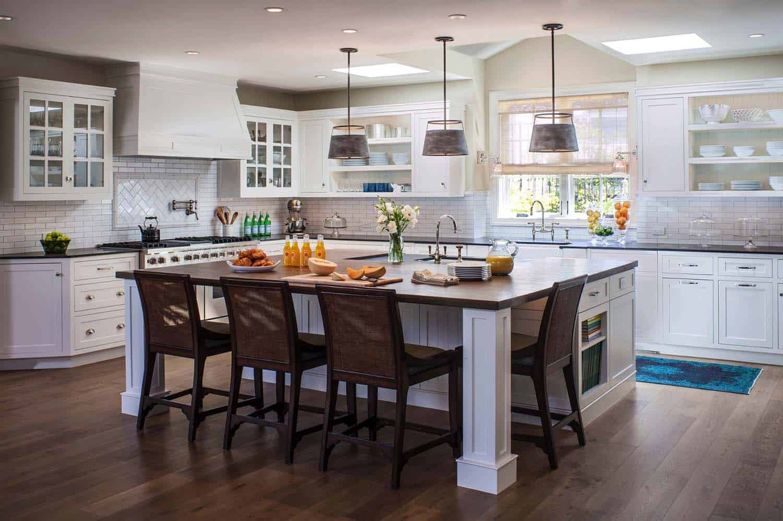 coastal-beach-style-kitchen