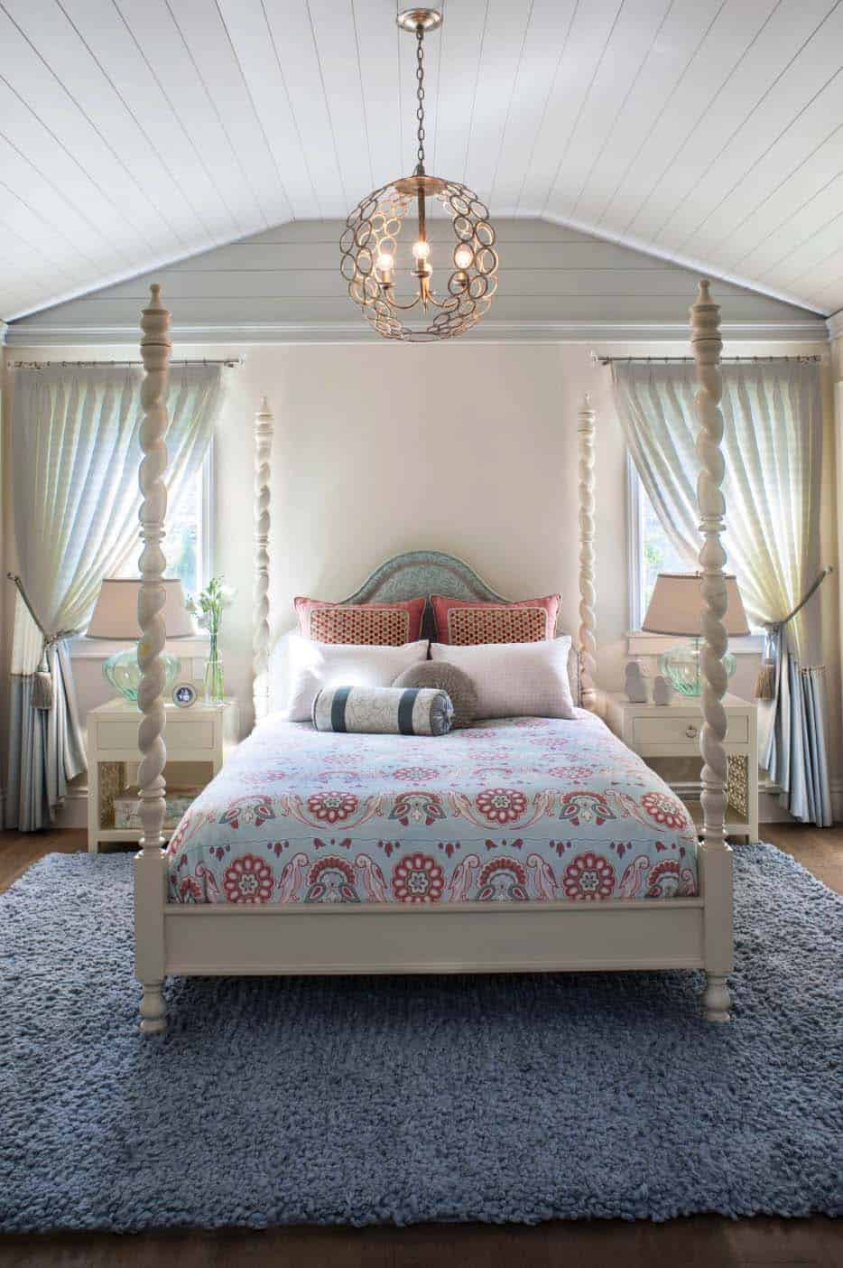 coastal-beach-style-bedroom