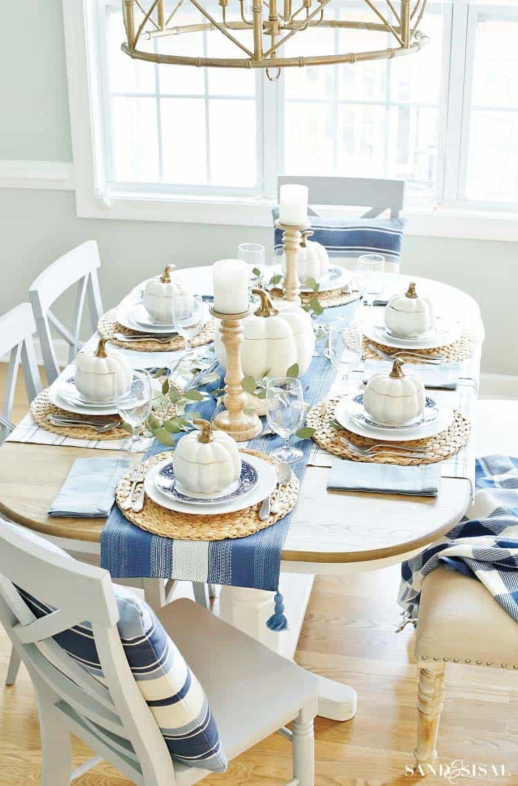 25 Beautiful And Elegant Centerpiece Ideas For A