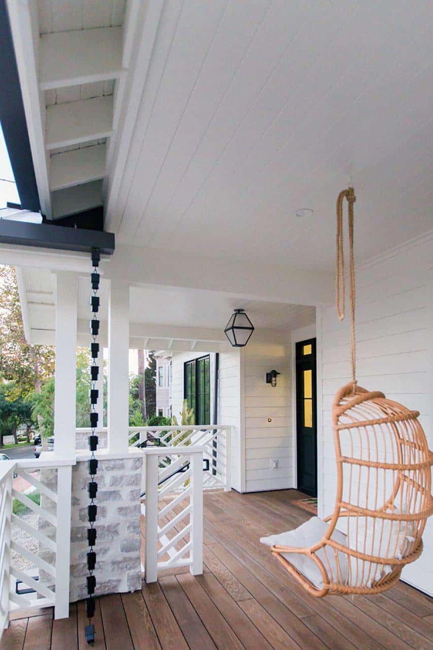 cape-cod-transitional-porch