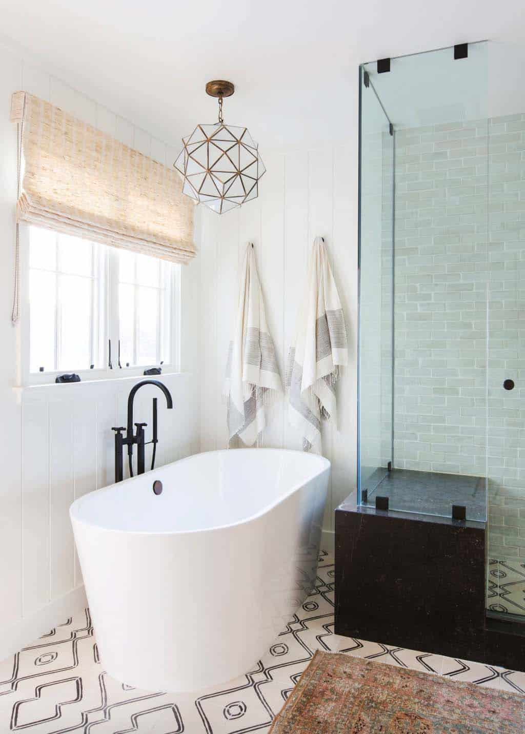 cape-cod-transitional-bathroom
