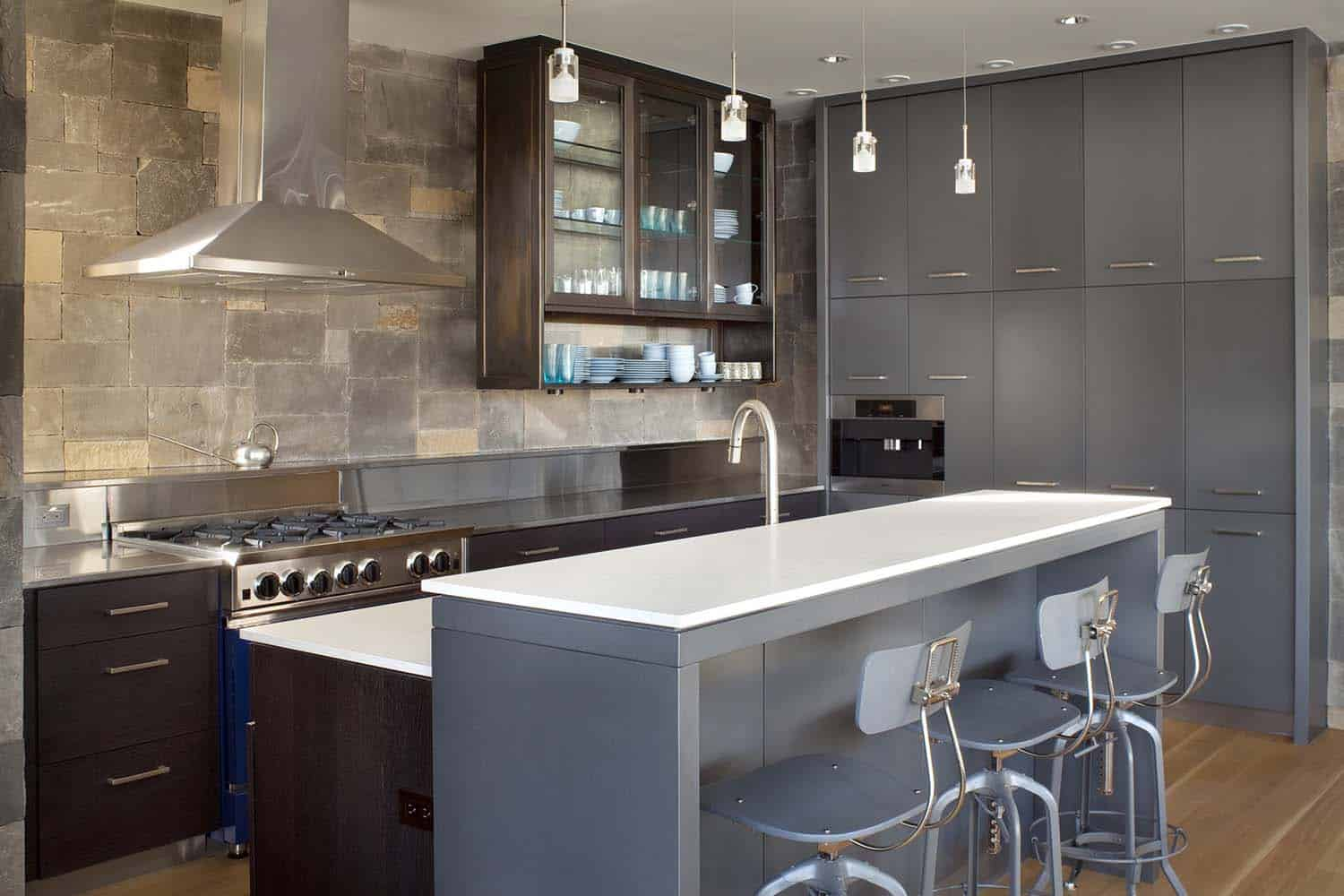 mountain-living-contemporary-kitchen
