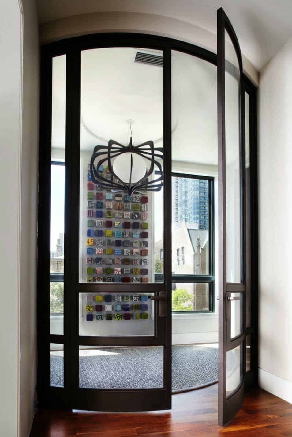 urban-chic-contemporary-entry