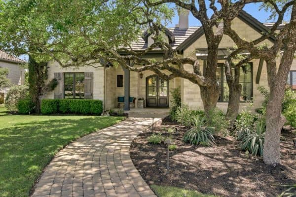 featured posts image for French Country-inspired Texas home with a contemporary style aesthetic